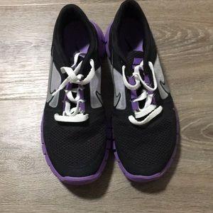 Youth Nike size 7